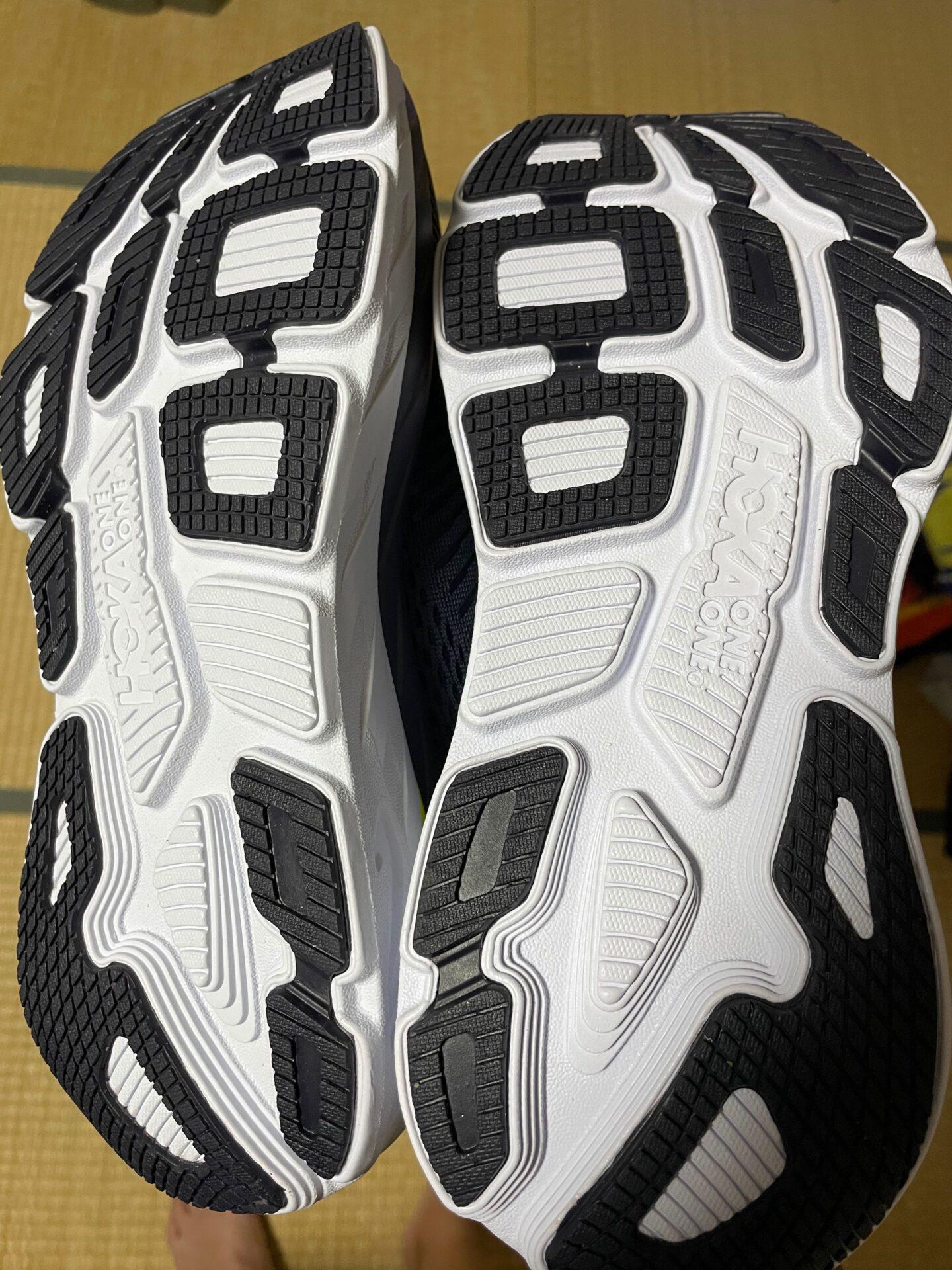 HOKA ONE ONE BONDI7 靴底
