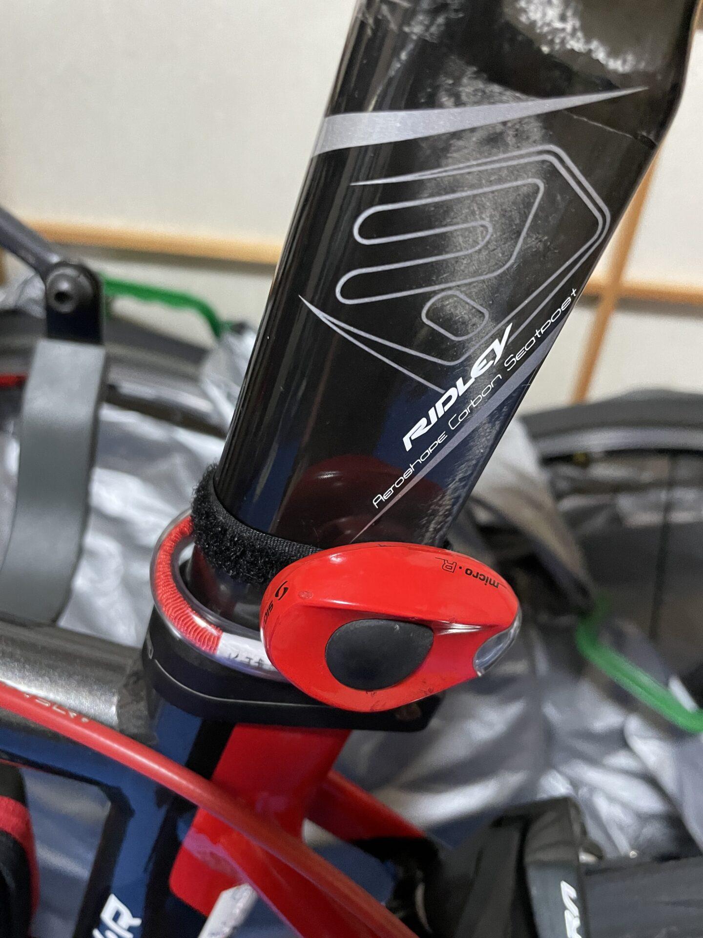 ロードバイク ブレーキランプ 自動点滅 USB充電式 防水リアライト テールライト エアロシートポスト 取り付け不可